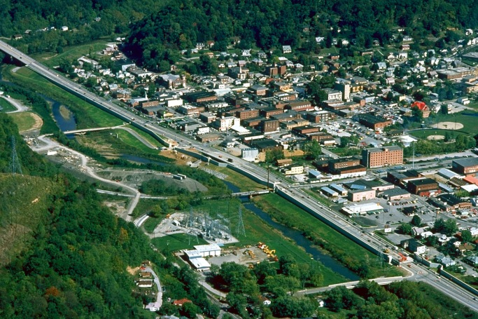 Harlan_Kentucky_Aerial_view